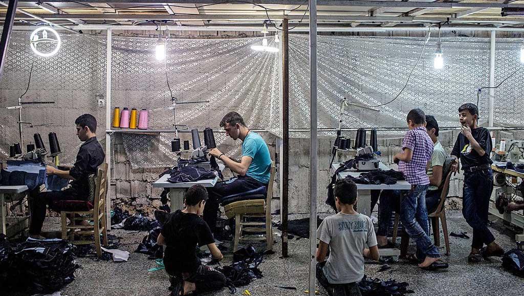 آثار اللاجئين السوريين على سوق العمل التركي - تحليل تجريبي (إمبريقي)