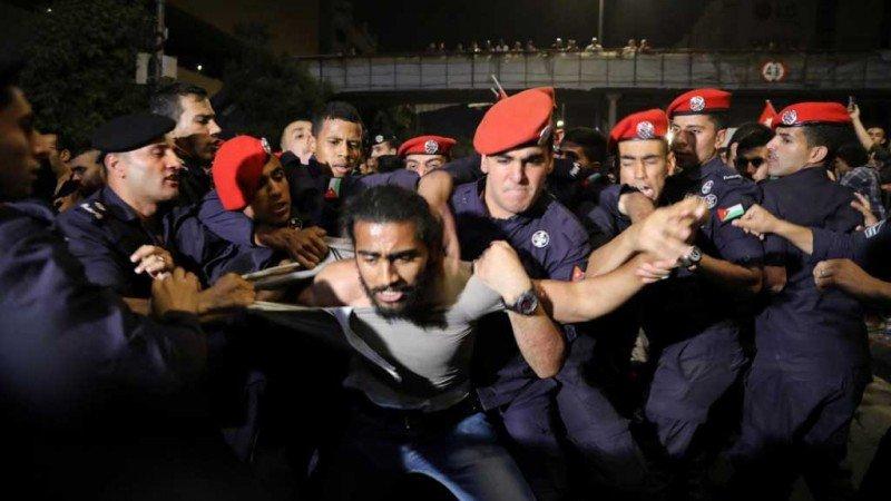 معادلات الانهيار العربي