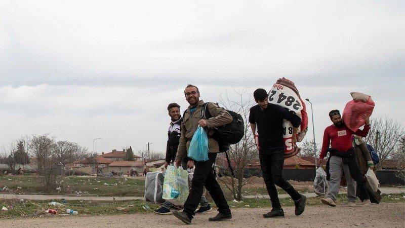 هل يرغب اللاجئون السوريون في العودة الدائمة إلى سورية؟