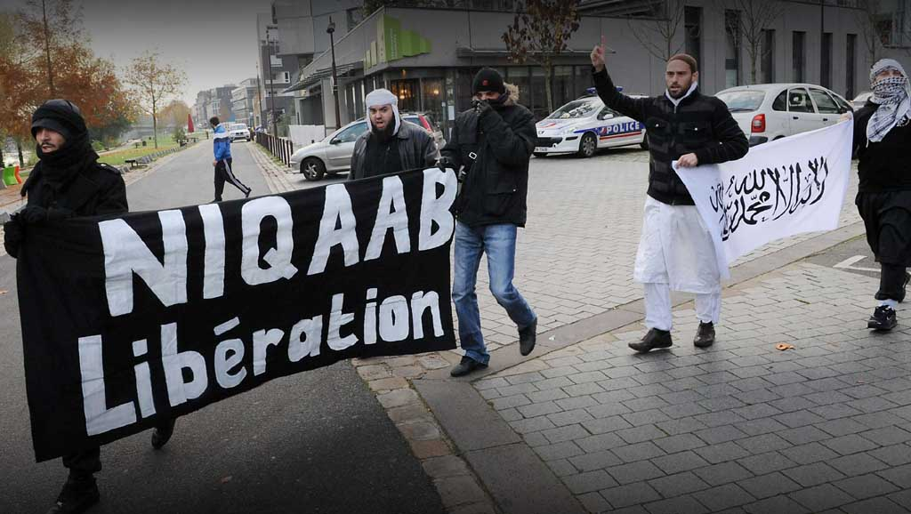مشكلة الفرنسيين مع الإسلام