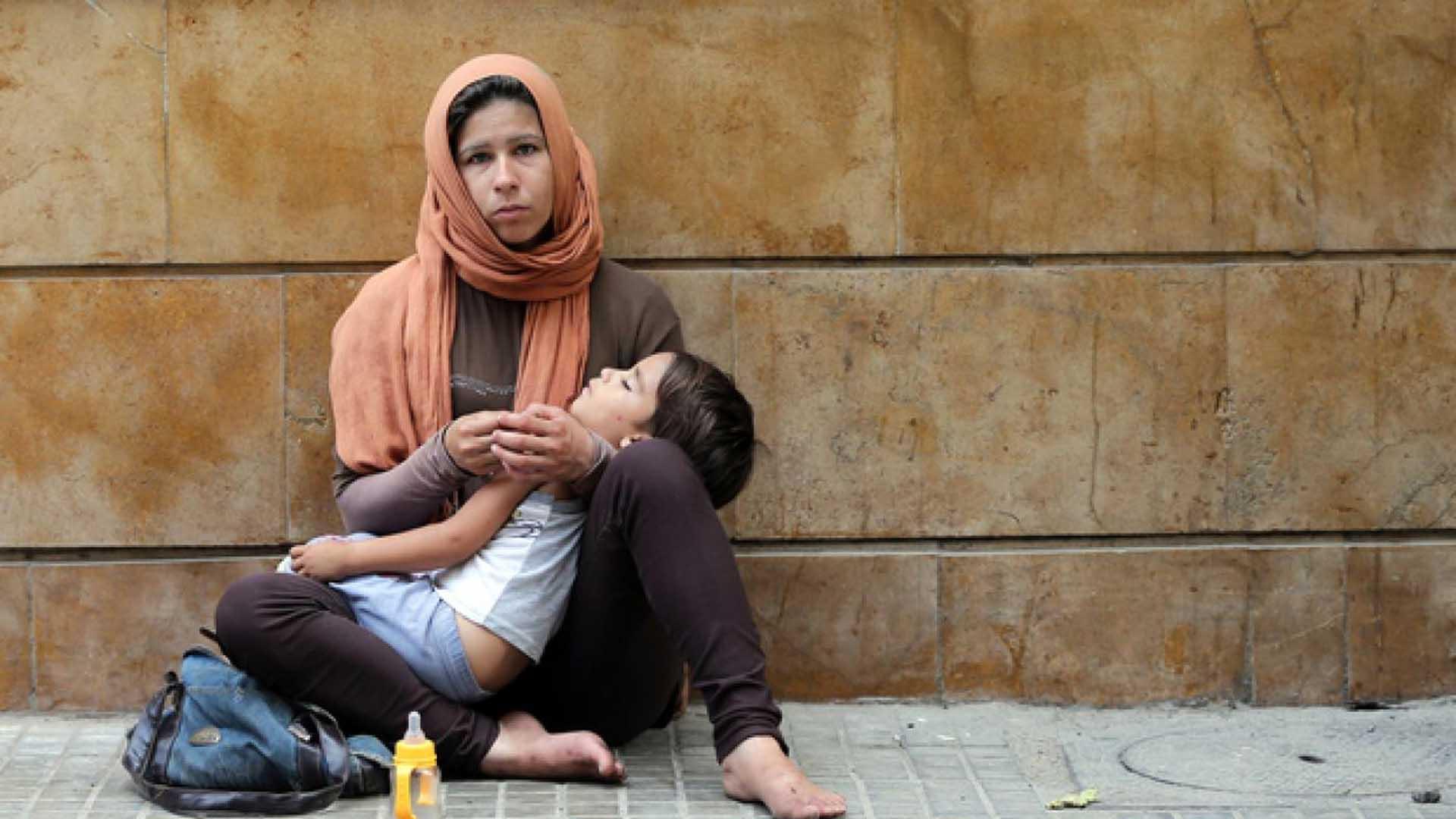 المرأة تحت نير الأزمة في سورية (طيف واسع من ألوان المعاناة)