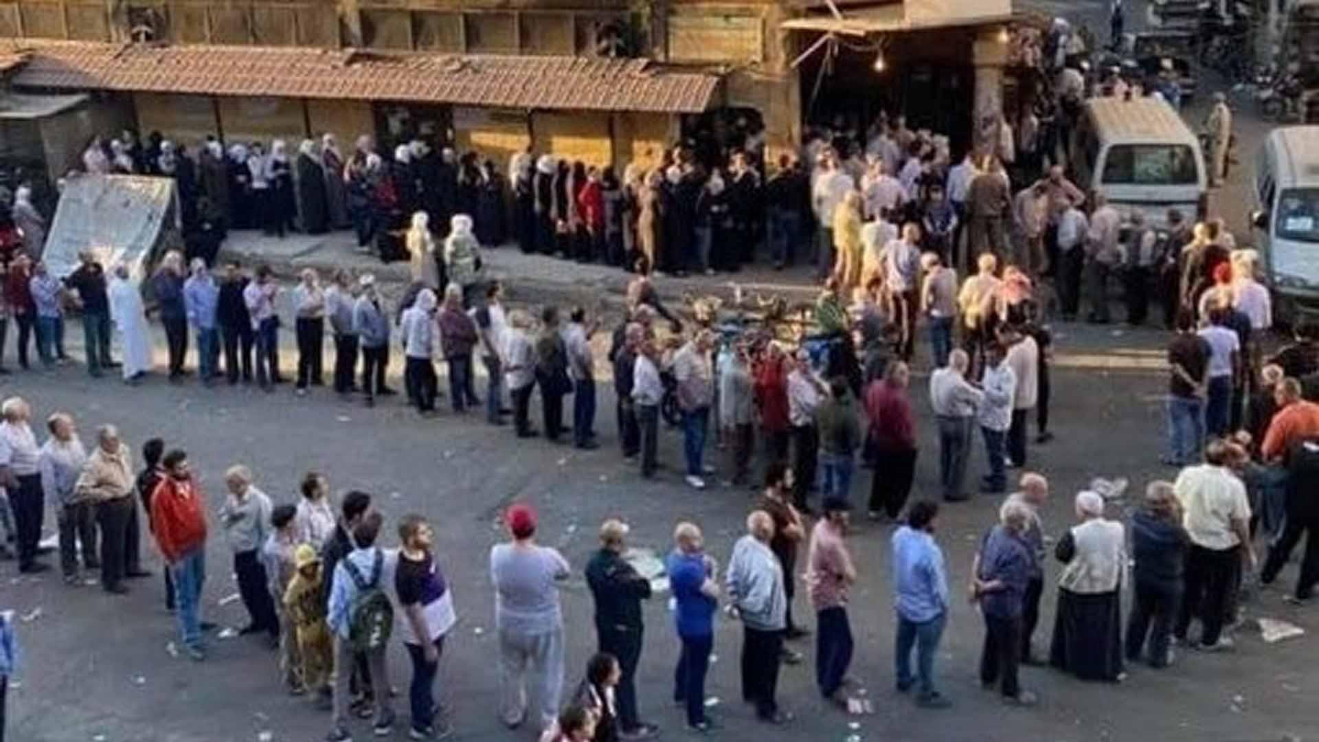 تدهور الأوضاع المعيشية للسوريين