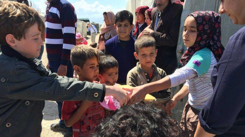 """تقارير بحثية: """"السوريون سعداء في تركيا وباقون فيها"""""""