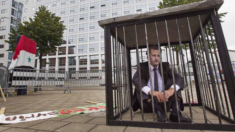 المسؤولية الجنائية الدولية للرؤساء والقادة العسكريين في الجرائم ضد الإنسانية