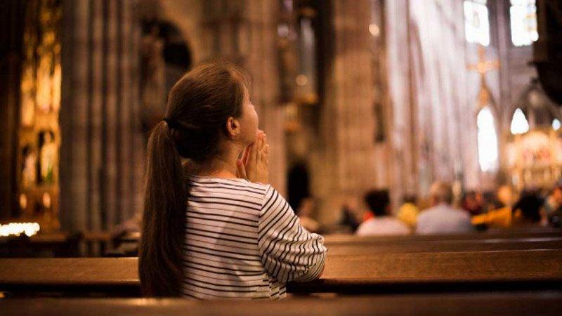 الكنائس المشرقية والتيارات النسوية... بين التقارب والتباعد