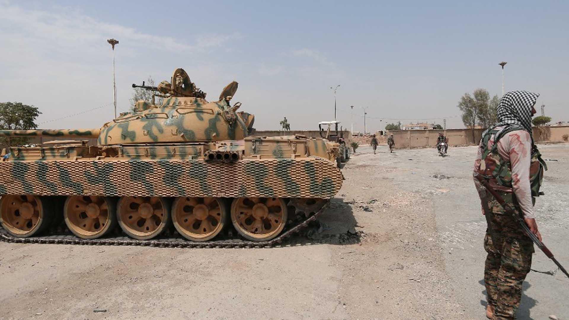 هل يشتبك النظام السوري مع قوات سوريا الديمقراطية؟