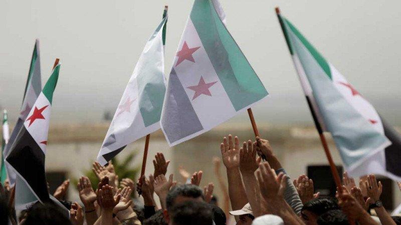 السوريون والعمل المؤسساتي