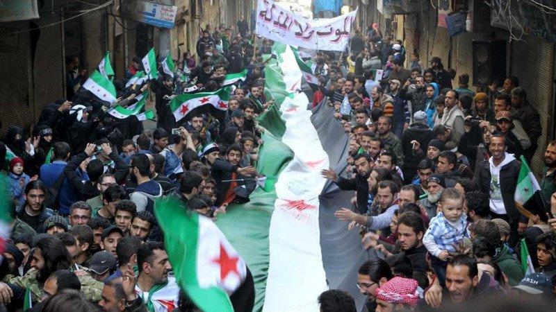 الثورة السورية في عقدها الأول.. فرضيات ينبغي التخلي عنها