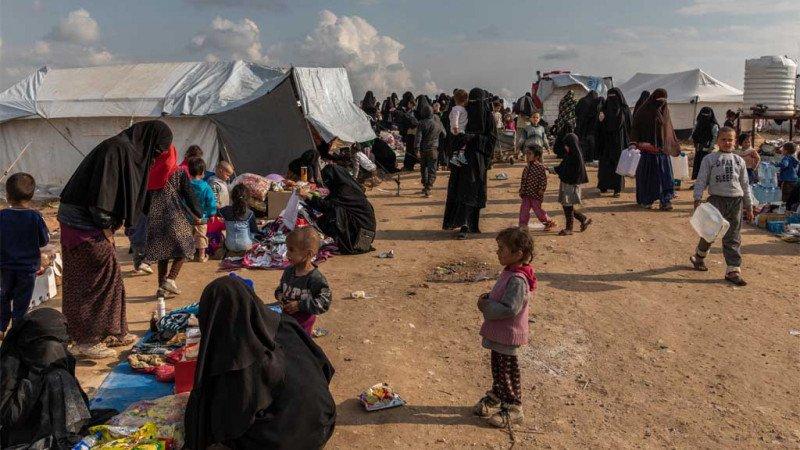 استقواء إعلامي على أطفال وطفلات في مخيم الهول