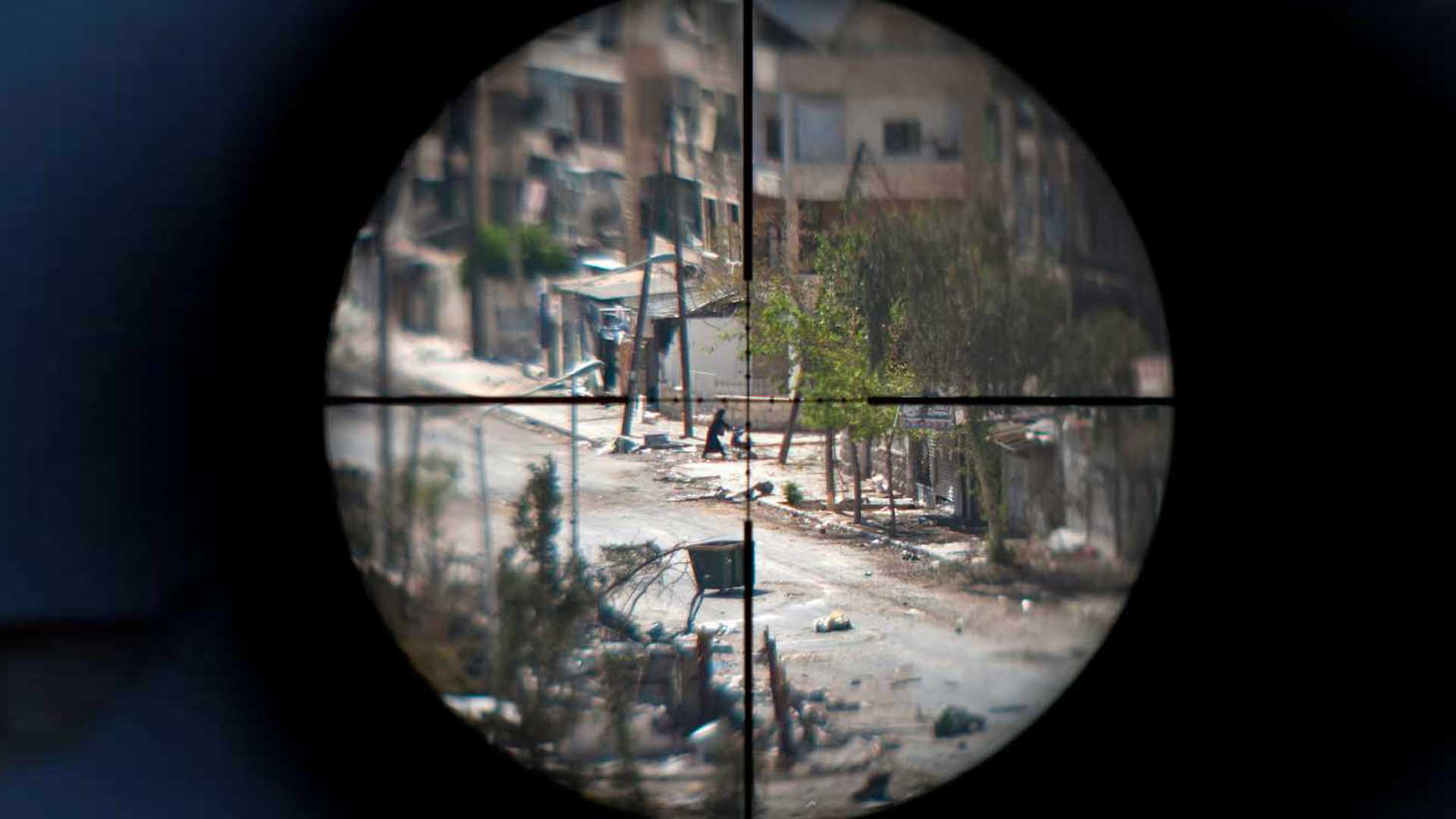 في حلب.. حُكْمُ انتهازيي حربٍ مشهورين.. آل القاطرجي