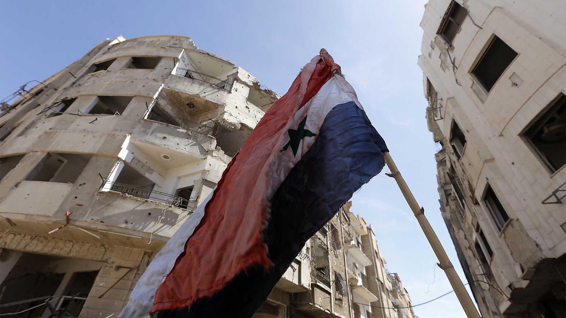 """إعادة إعمار سورية والحلّ السياسي """"ورقة سياسات"""""""
