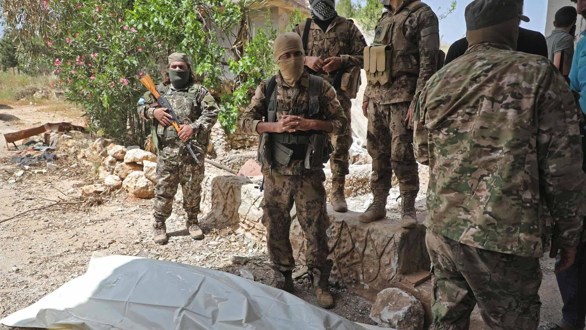 هيئة تحرير الشام ليست القاعدة، لكنها ما تزال نظامًا استبداديًا لا يُستهان به