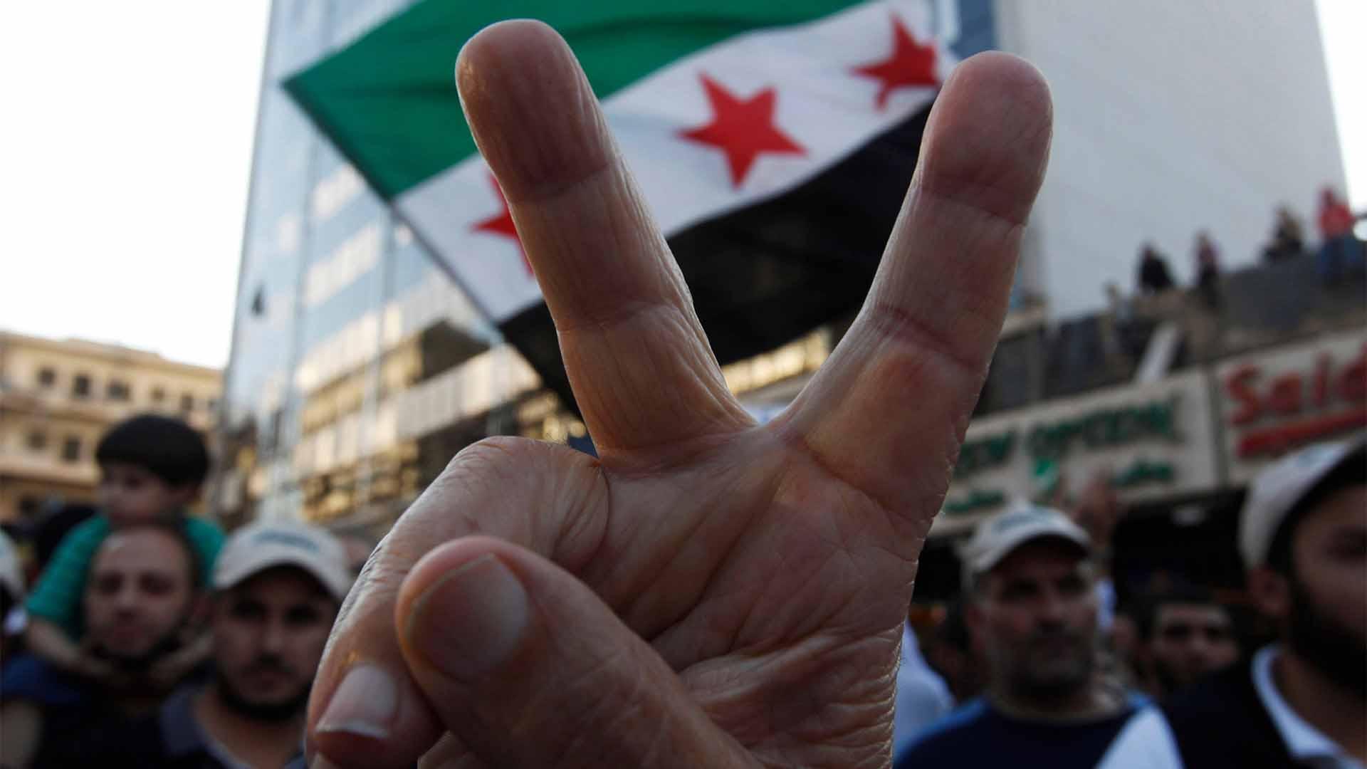 الدولة الديمقراطية العلمانية هي الخطوة الأساسية للحلّ في سورية